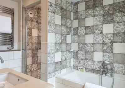 HOTEL ROYAL MADELEINE - Salle de bain Deluxe