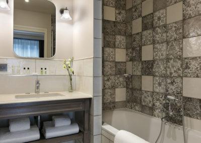 Hôtel Royal Madeleine - Salle de bain