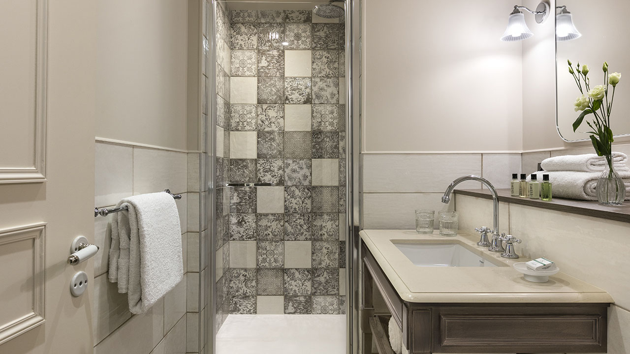 Hôtel Royal Madeleine - Salle de douche